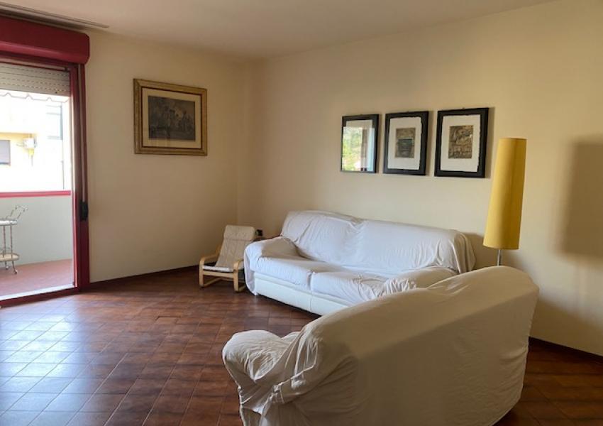 Pesaro, zona Villa Fastiggi, Appartamento in Vendita