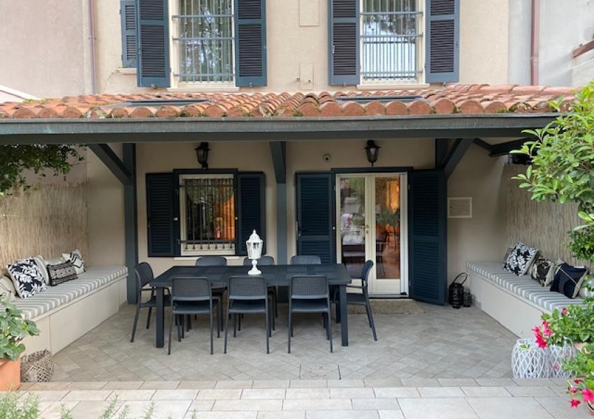 Casa Schiera / Porz.Casa in Vendita, Pesaro, zona Centro