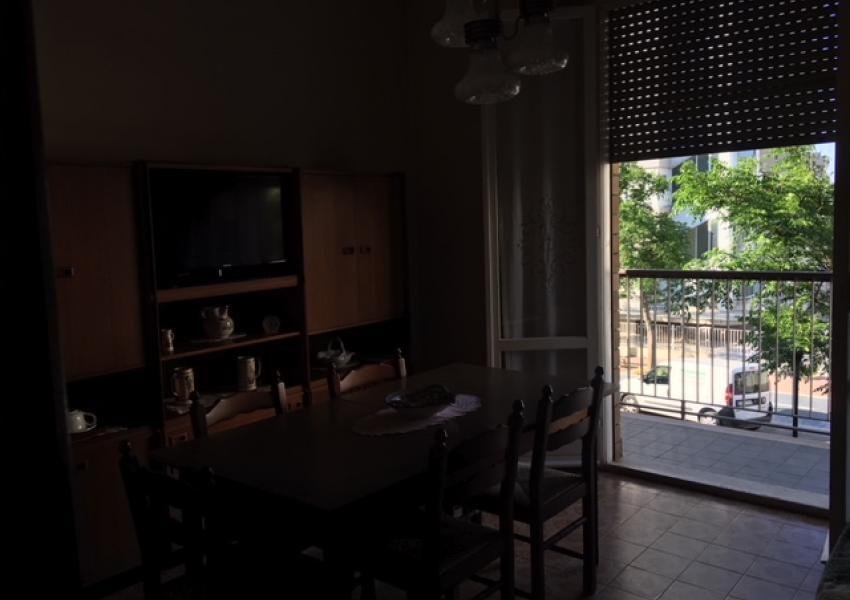 Pesaro, zona Mare - Appartamento in Vendita | Foto 3